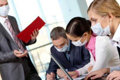 Jak firmy mogą pokonać trudności dotyczące promocji zdrowia personelu po pandemii?